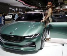 Kia working on sports sedan to rival BMW, Audi